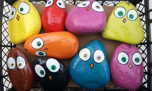 medium-happy-birds-garden-stones