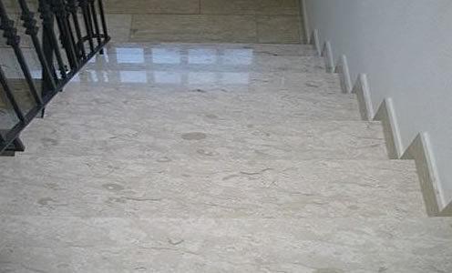 marmura-botticino-grezzo-3cm-500x500