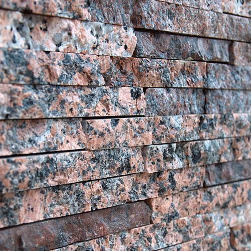 spalturi-granit-rosu-2cm-500x500